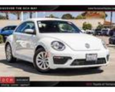 2019 Volkswagen Beetle White, 40K miles