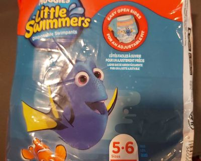 11 Huggies Little swimmers - couches piscine