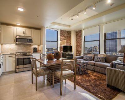 Suite 9G RESIDENCES 221 - Downtown Little Rock