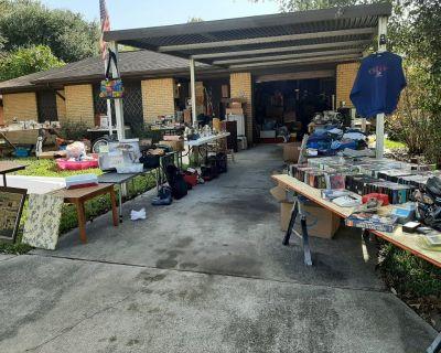 4th-6th 9:00-5  Giant yard sale garage sale