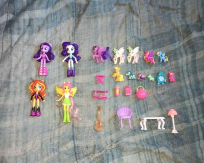 Lot Of My Little Pony Dolls And Toys