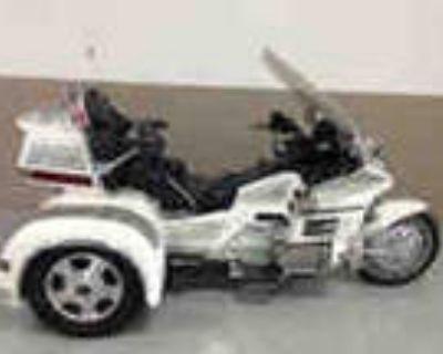 Garage Kept 1995 Honda Gl1500se Goldwing Garage Kept