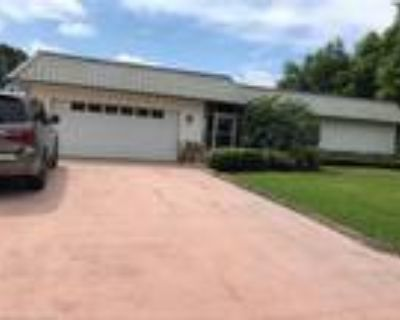 3 Bed - 2 Bath - Single Family Home for sale in Lake Placid, FL