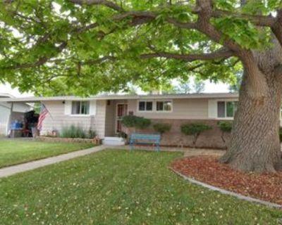 7808 Applewood Ln, Denver, CO 80221 3 Bedroom Apartment