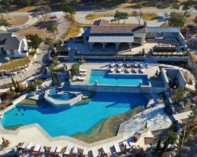 Guadalupe River Valley Modern 3 Bed, 2 Bath - Kid Friendly-Pools-Slides - Ingram