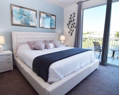 Modern 3 bed townhome, dip pool, Disney 10 miles! - Four Corners