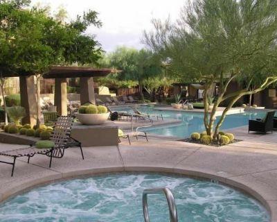 Grayhawk Life 3 Bdrm 2 Bath Condo Top Floor Over 1 of 4 pools - 5 *Resort Living - North Scottsdale