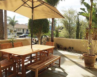 Huntington Beach Villa, Steps to Beach, Shopping, Restaurants & Pet Friendly - Huntington Beach