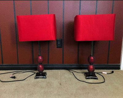 Lucas Modern Table Lamp in Red