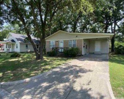 1404 Frank St, North Little Rock, AR 72114 4 Bedroom House