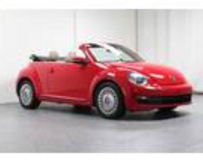 2013 Volkswagen Beetle Convertible w/ Tech