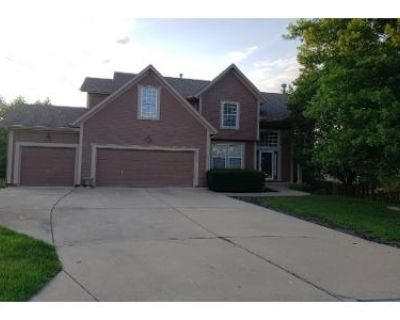 4 Bed 3 Bath Preforeclosure Property in Shawnee, KS 66218 - W 54th Ter