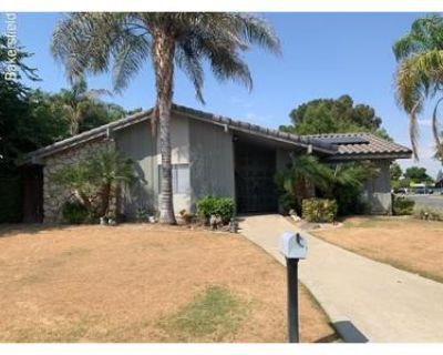 3 Bed 2.0 Bath Foreclosure Property in Bakersfield, CA 93309 - Montclair St