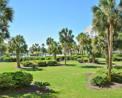 New Listing! Great view! Updated luxury condo with updated kitchen and baths Tile Floors big deck - South Forest Beach