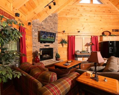 Little Chateau - One Bedroom Cabin - Pigeon Forge