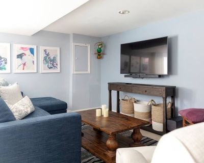 NOVA HOME AWAY FROM HOME | STONE'S THROW FROM DC - Annandale