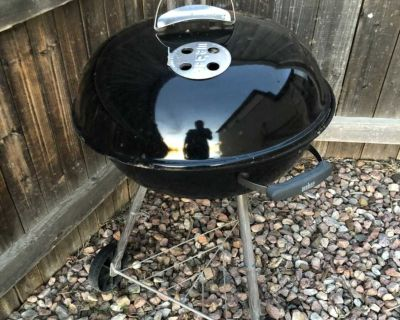Weber grill from Lowe s