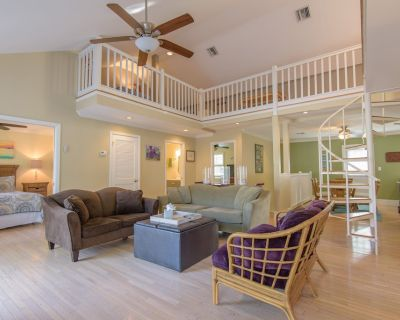 Largest Shipyard Condo in the Truman Annex - over twice the size with a loft! - Old Town Key West