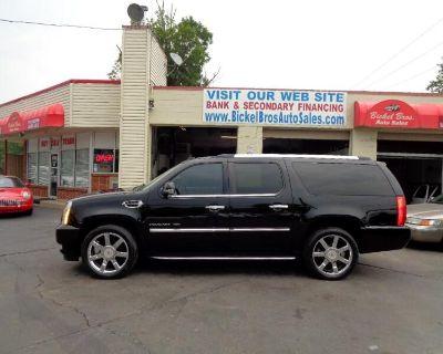 2011 Cadillac Escalade ESV AWD Luxury