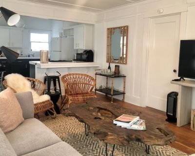 Charming Beach Cottage, 2 blocks from the water! - Morro Bay
