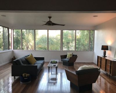 Silver Lake mid-century nestled in the tree-tops! - Silver Lake