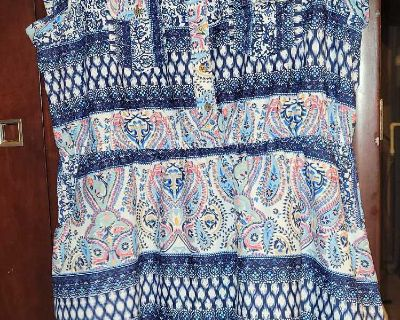 Multiple shades of blues in color with paisley design short sleeve casual dress