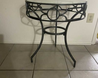End side table