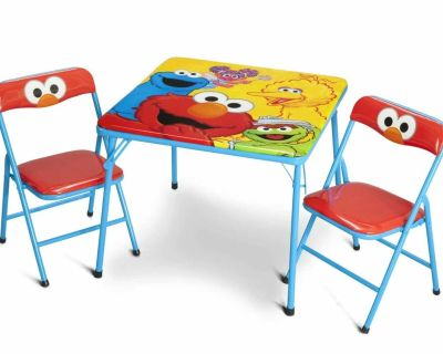 Iso a kids table