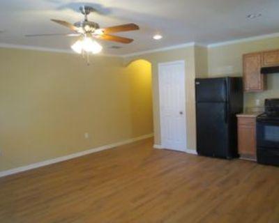 1231 Crofton St #1, Shreveport, LA 71101 3 Bedroom Apartment