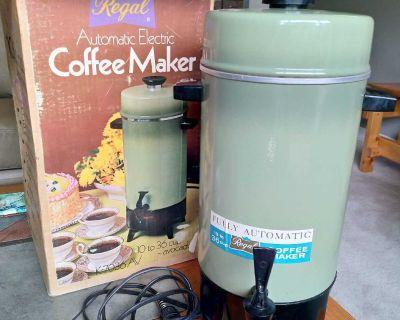 Retro / Vintage Coffee Maker - Avocado colour!