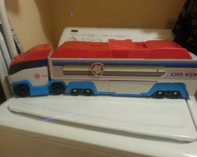 Paw patrol truck makes sounds  excellent condition