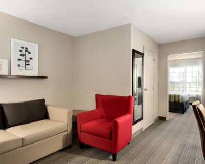 Country Inn & Suites by Radisson, Romeoville, IL - Romeoville