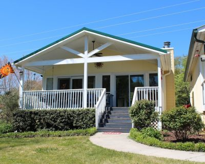 Lake Front, Two Docks, Family Friendly, Full Kitchen, Home Away From Home! - Hiawassee