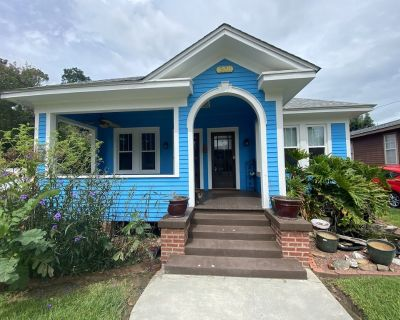 The Blue House - Vintage/Updated/Cozy - Freetown - Port Rico