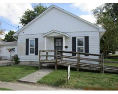 2 Bed 1 Bath Foreclosure Property in Benton, IL 62812 - Hickory St