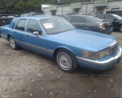 Salvage Blue 1990 Lincoln Town Car
