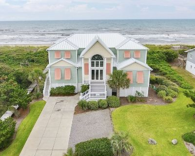 Luxury Oceanfront Home with Pool, Elevator, Theater, and Chef's Kitchen - Pine Knoll Shores