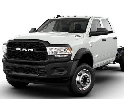 New 2021 RAM 5500HD Tradesman 4x4 Crew Cab