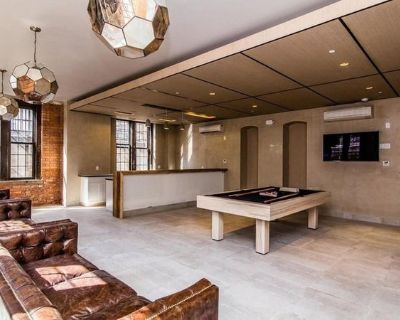 Premier Williamsburg apartment with on-site gym