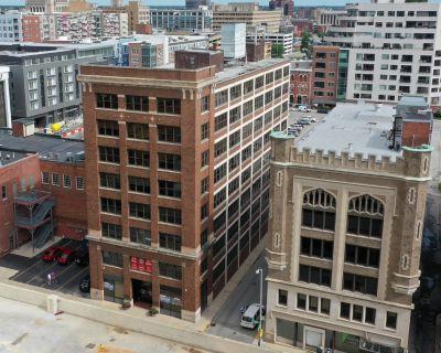 For Sale: Wulsin Building | 222 E Ohio St, Indianapolis, IN