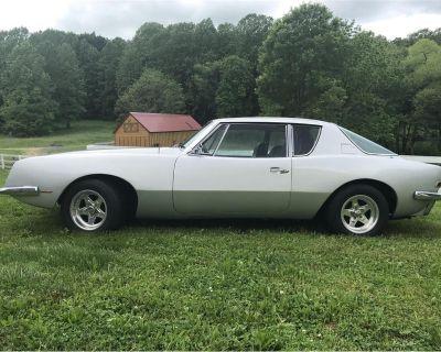 1971 Avanti Avanti II