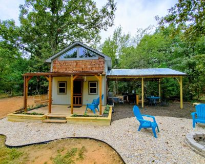Ultimate Get Away Cottage and Outdoor Recreation on 40 Private Acres - Hugo