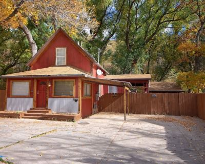 Great remodeled Downtown Manitou Springs Home Lic#9244 - Manitou Springs Historic District