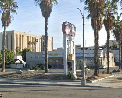 Prime Long Beach - End Cap with Drive Thru - Ex Burger King Location