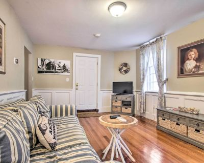 NEW! Inviting Apartment Near Waterfront & Museums! - Salem