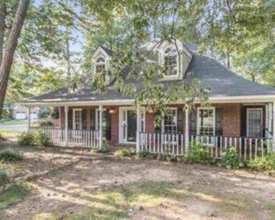 1493 Fallsbrook Ct Nw, Atlanta, GA 30101 5 Bedroom Apartment