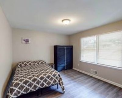 Room for Rent - a 10 minute walk to bus stop Brow, Atlanta, GA 30354 2 Bedroom House