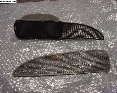 Pair Of Front Plastic Grills And 1 Bucket