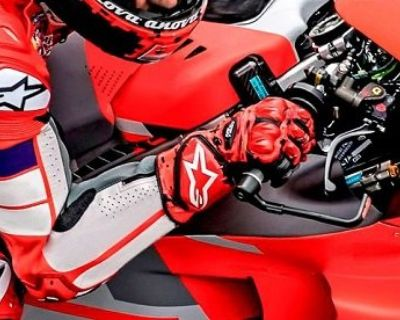 Safer Rides in Better Comfort with All-New Valparaiso Touring Jacket and Mustang Leather Gloves by Alpinestars