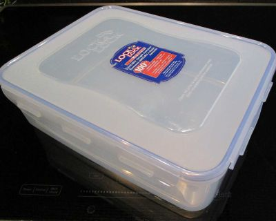Lock & Lock Stackable, Airtight Container. Going Camping or on a Picnic or out for a Boat ride